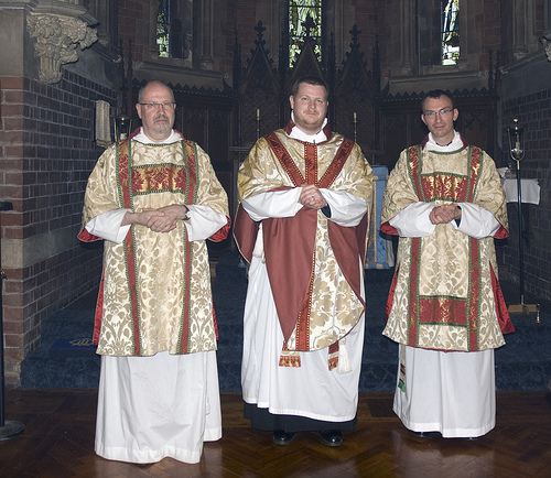 the end of the dalmatic?