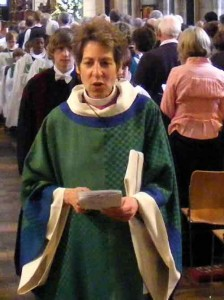 Presiding Bishop Katharine in Southwark cathedral