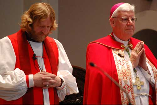 Anglicans and Roman Catholics celebrate Pentecost together