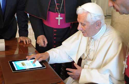pope social media