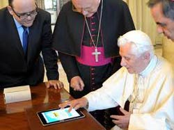 Pope tweets new agreement