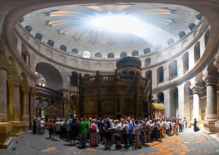 Muslims & Christ's Tomb